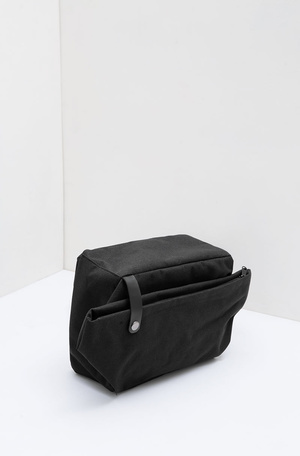 Men Platon Sling Bag Black