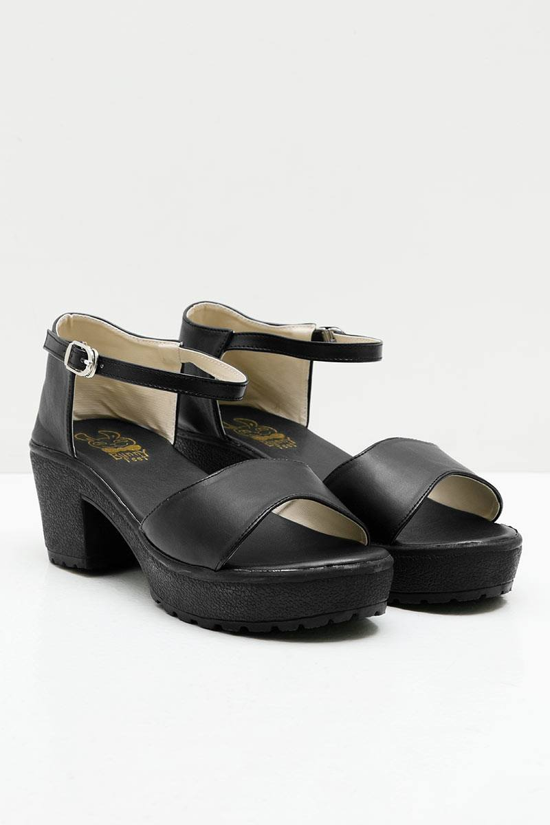 sell tina black high heels berrybenka