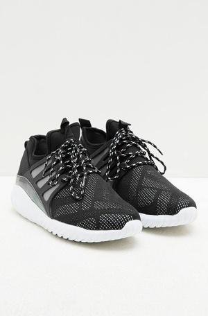 Daftar Harga Sepatu Pria Terbaru Bulan Maret 2019  e8a1cb7b61