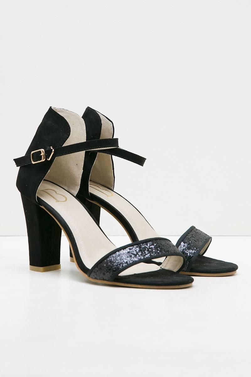 Evonne Heels Black
