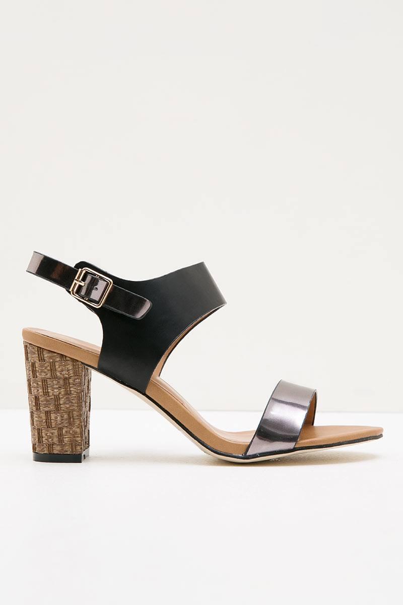 Page 30 Yongki Komaladi Daftar Harga Sepatu Wanita Termurah Dan Loafers Casandra Black Hitam 36 Womens Yujin 41380113
