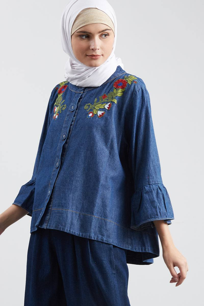 Outer Ruffle Hem Denim Embro