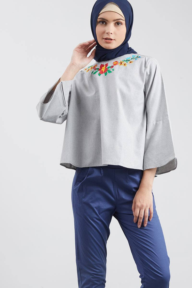 Cotton Bell Sleeve Embro Blouse Grey