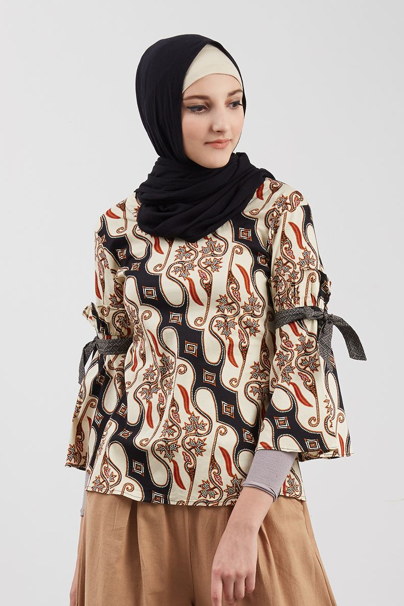 Blouse Batik Black