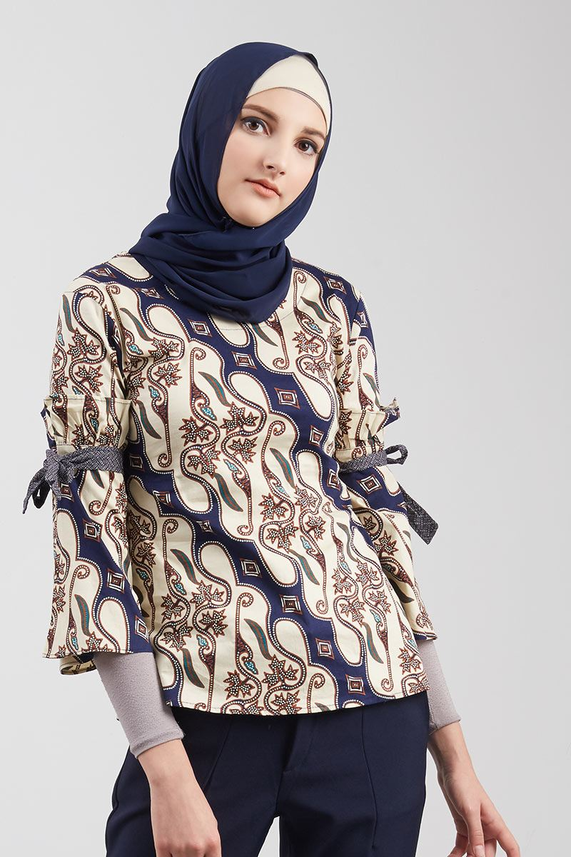 Blouse Batik Navy