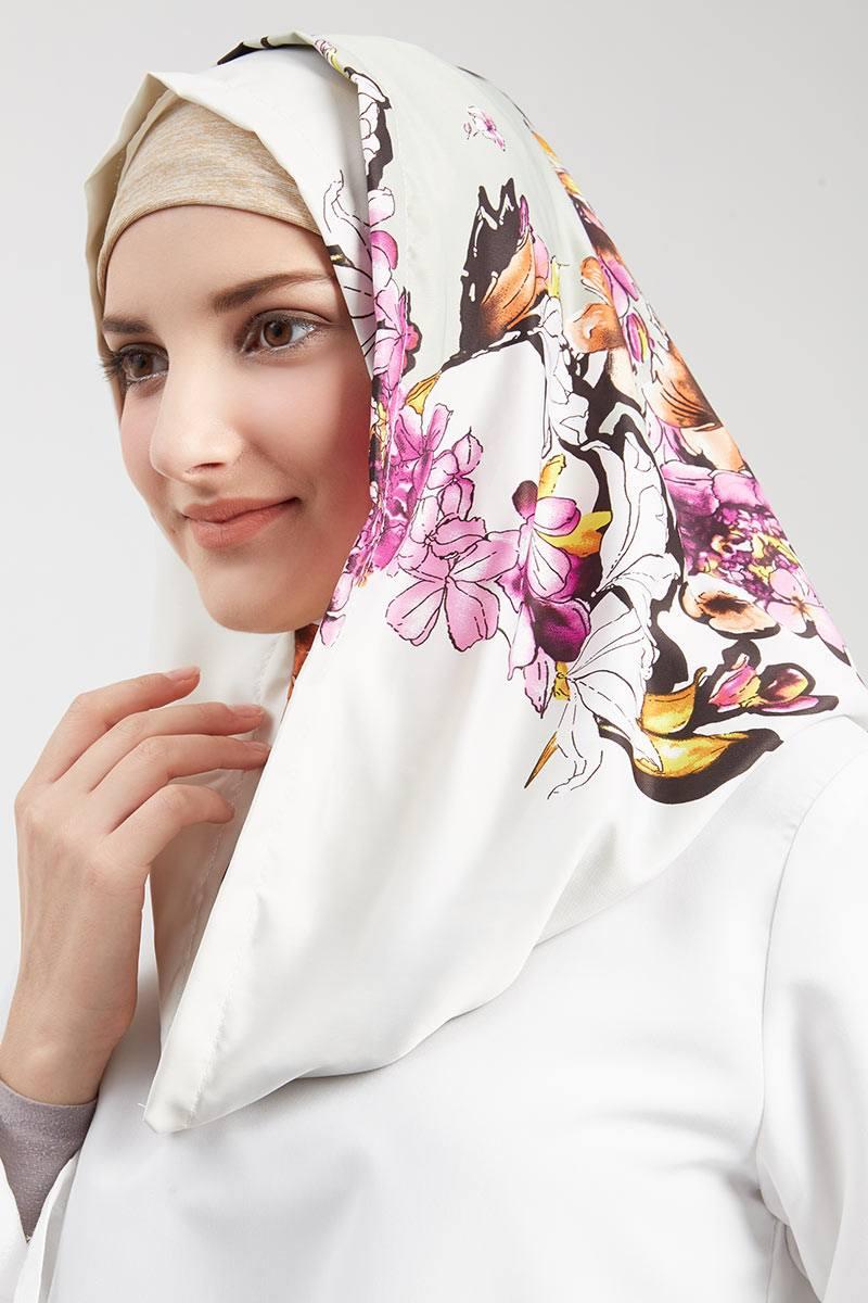 Exclusive For Hijabenka - Aathifa Hijab Instant Cream
