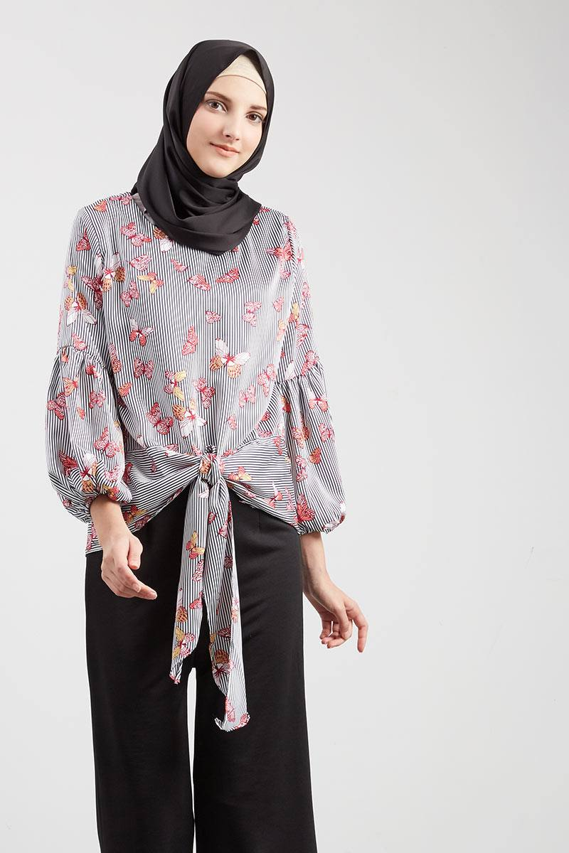 Fly Buttie Blouse Black