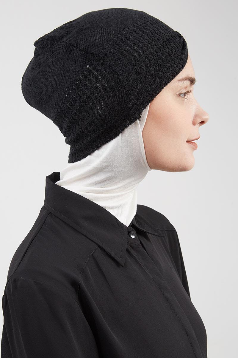 Exlcusive For Hijabenka - Headgear Knitted Black