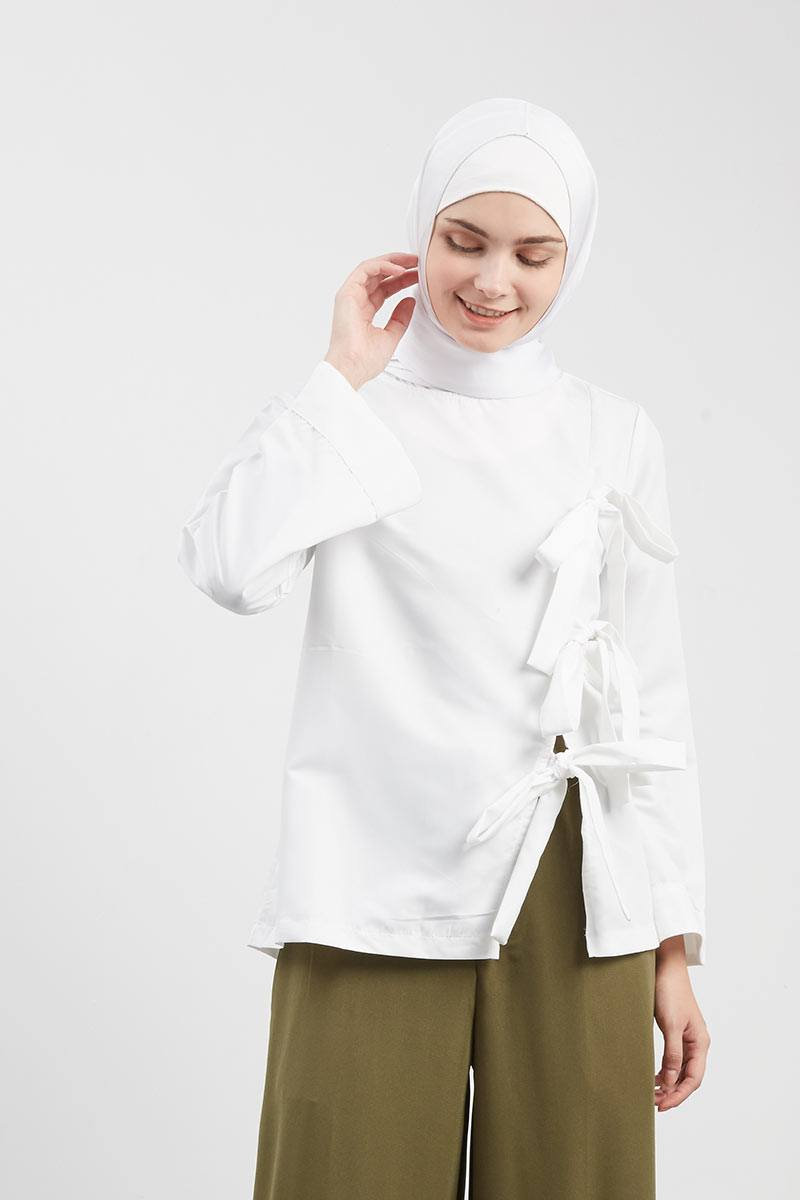 Vanya Knots Top White