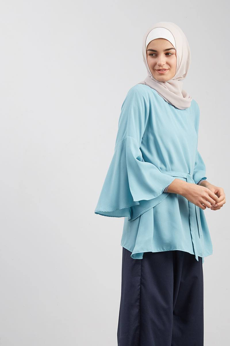 Flare Hands Blouse Tosca
