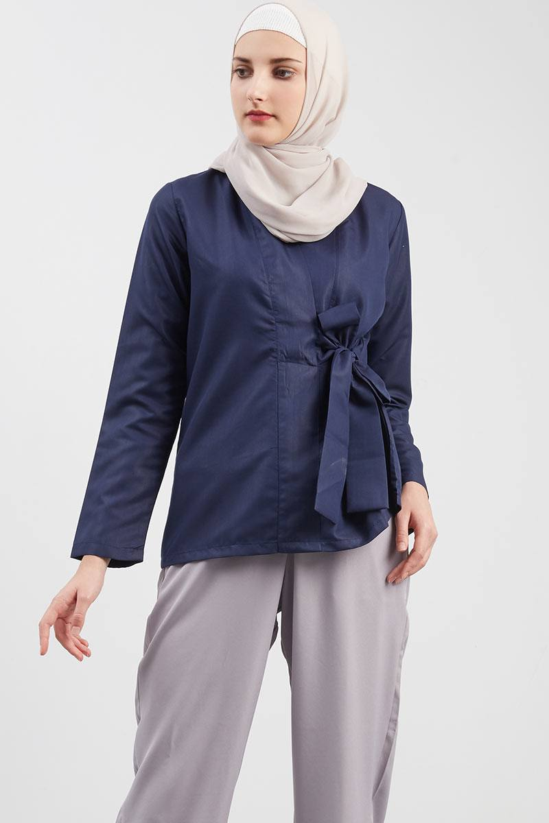 Valencia Front Knot Top Blue