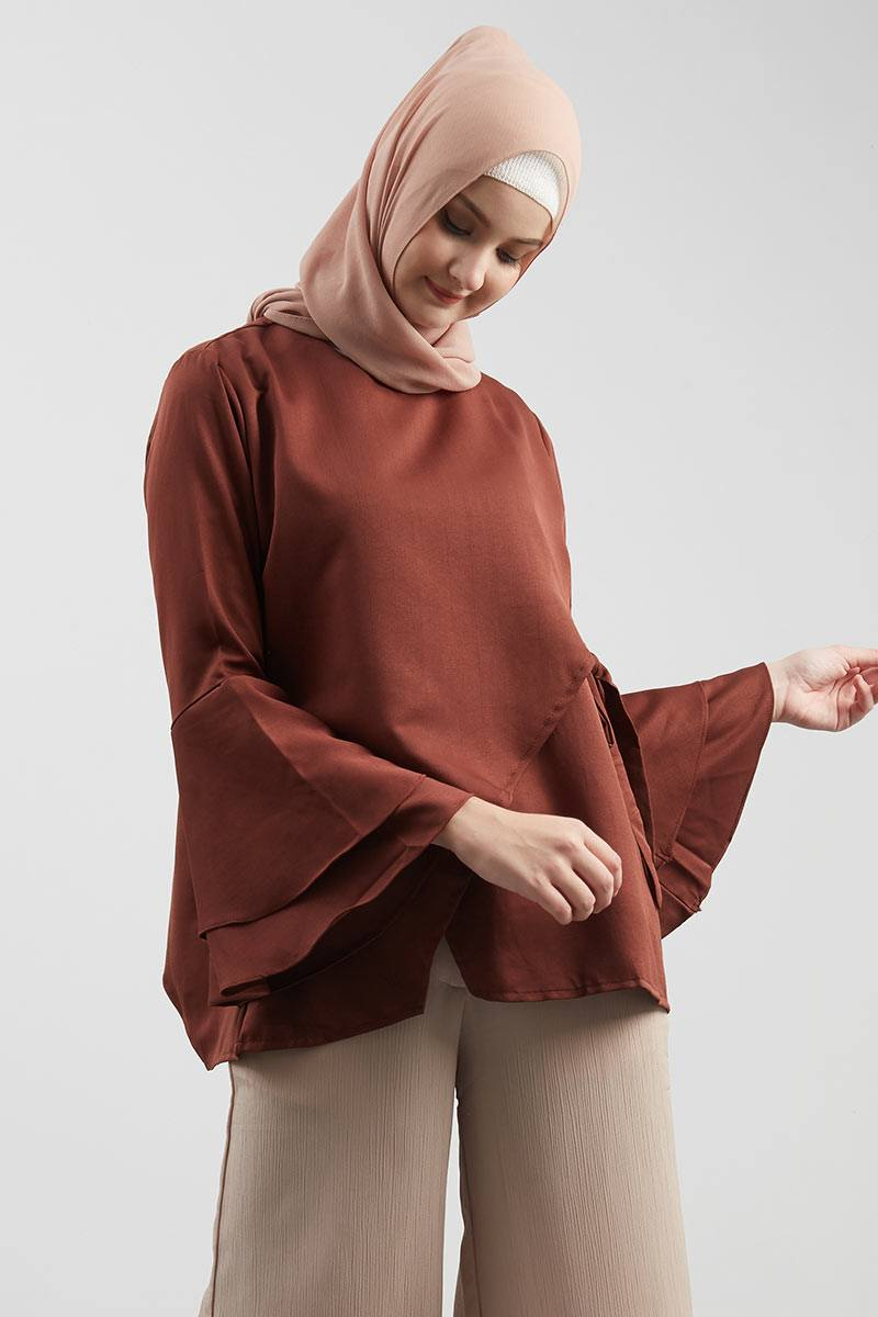 Kirby Top Brown